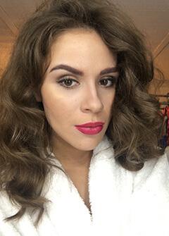 Julia selfie Hello Lustery